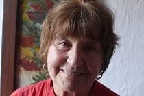 Miluše Novozámská z Jedlan vzpomínala, jak se dříve na vesnicích dralo peří