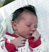 EMA DOLEŽALOVÁ Z RODNÉ. Narodila se rodičům Petře a Františkovi 23. září v 8.42 hodin a je jejich první dítě. Vážila 3350 g, měřila 50 cm.