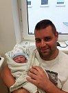 David Hrdoušek z Malšic. Přišel na svět jako první dítě v rodině 19. října v osm hodin a čtyřicet pět minut. Po narození  vážil3380 gramů a měřil 51 cm.