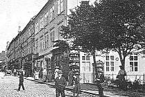 Dům s číslem popisným 359 najdete hned u vstupu z táborského Křižíkova náměstí do Palackého ulice