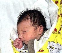 TADEÁŠ PROKOP Z TÁBORA. Narodil se 18. května ve 22.50 hodin a  je bráškou  tříleté Evičky. Navážili mu 3260 g a naměřili 49 cm.