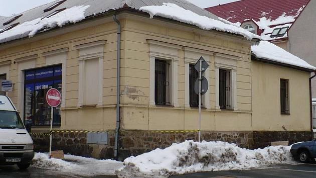 Nebezpečné sněhové převisy. Ilustrační foto
