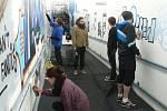 Studenti z Rakouska a žáci ze Základní umělecké školy v Táboře proměnili obyčejný železniční podchod v Plané nad Lužnicí v umělecké dílo.