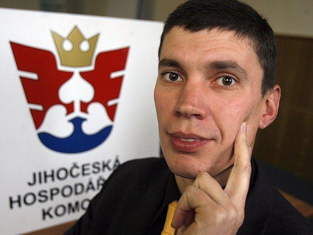 EXPORTNÍ PORADCE. Regionální manažer exportní agentury CzechTrade Pavel Šimánek.