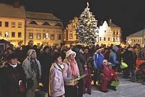 Na táborském Žižkově náměstí se v sobotu uskuteční adventní trhy.