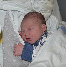 Viktor William Vöröš z Tábora. Na svět poprvé pohlédl 16. května v 0.43 hodin a je prvním dítětem maminky Lucie.  Po narození vážil 3240 gramů a měřil 47 cm.