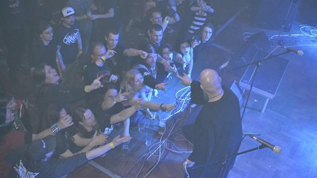 Největším tahákem dubnového festivalu byla brněnská kapela Root.