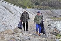 Dobrovolníci uleví planetě od odpadků. Ilustrační foto