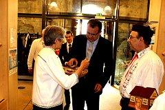 Na výstavu obce baráčníků do Soběslavi přišel i ministr průmyslu a obchodu Jan Mládek