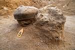 Nádoby nalezené v žárových hrobech.