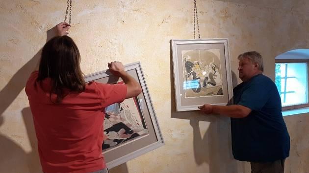 V plném proudu je v Obrazárně Špejchar Želeč instalace výstavy Jiří Trnko.