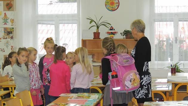 První školní den v Dražicích.