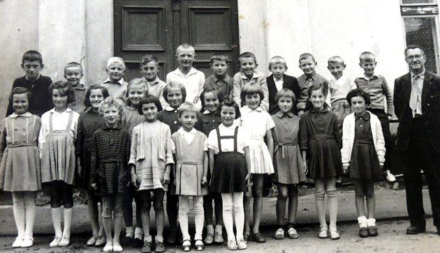 Třída, do které chodila Marie Davidová vletech 1962 – 1966.