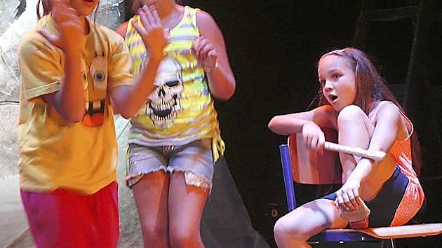 Kinosál půjčuje škola i Letní herecké škole.