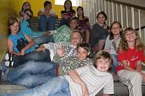 S dětmi ze ZŠ Sezimovo Ústí na Školním náměstí tentokrát o plastické chirurgii