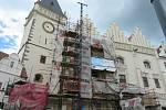 Radnice je jedna z nejvýznamnějších památek pozdní gotiky u nás vůbec. Její základní podobu vytvořil architekt Wendel Roskopf kolem roku 1521 ze tří měšťanských domů.