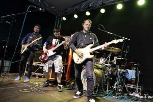 Koncert Wohnout v sobotu 29. května na hřišti v Tučapech na Táborsku. Foto: Jiří Loudín