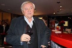 Sexuolog Jaroslav Zvěřina oslavil 75. narozeniny.