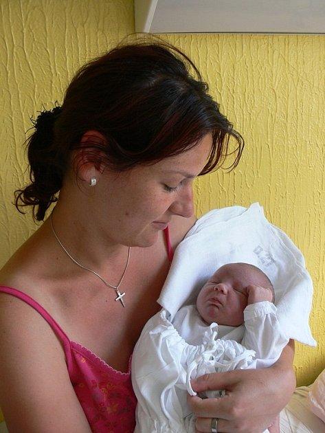 Nikol Rechtoriková, 5. 7. 2008 ve 13. 15 hodin, 3 560 g, 50 cm, Chotoviny