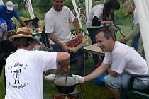 Co děláš?Vařim guláš!Slogan kuchařského týmu z Tábora.