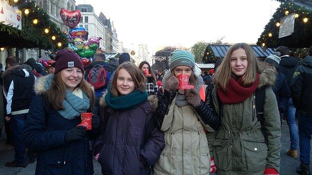 Žáci táborské školy z náměstí Mikuláše z Husi se vydali do předvánoční Vídně.