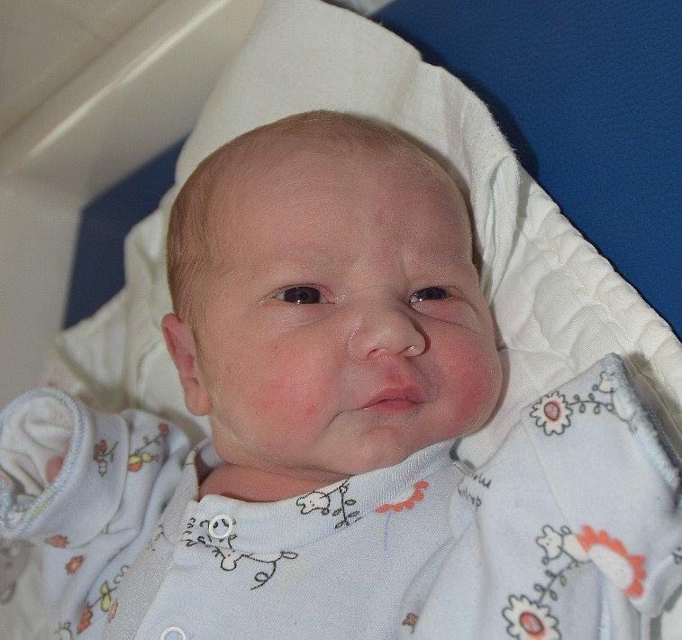 Vít Novák ze Slap. Narodil se 25. září v 15.18 hodin rodičům Evě a Pavlovi jako jejich prvorozený syn. Po porodu vážil 3460 gramů a měřil 48 cm.
