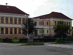 Škola v Libušině ulici v Bechyni.