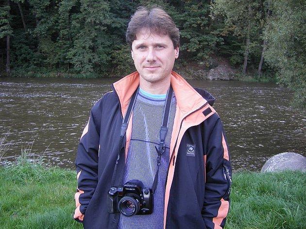 FOTOGRAF PŘÍRODY. Petr Tousek předem ví, co v přírodě bude fotografovat. Přesto ho příroda občas překvapí.