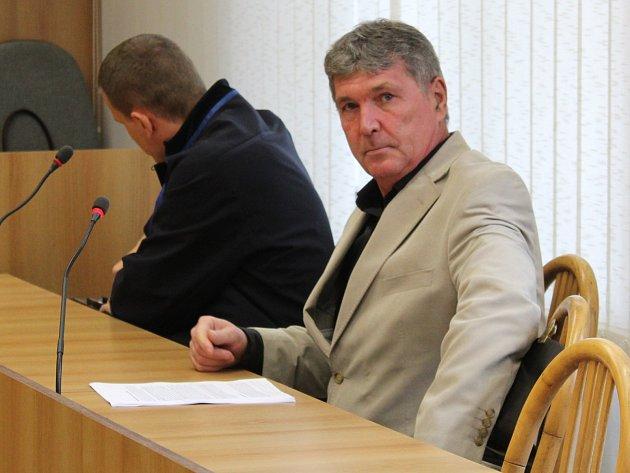Zdeněk Šimeček v soudní síni.