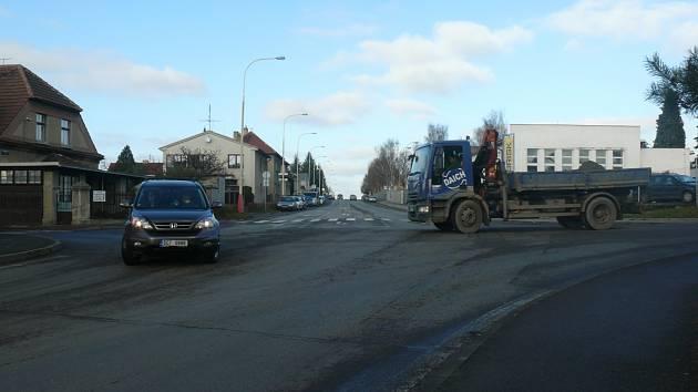 Na křižovatce Vožické se Stránského u táborského Brisku přibudou ostrůvky.