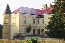 Po rekonstrukci v roce 1980 byl v tučapském zámku zřízen domov pro seniory. Jeho obyvatelé byli přestěhováni v roce 2015, většinou do nového zařízení v Bechyni, od té doby zeje prázdnotou a chátrá.