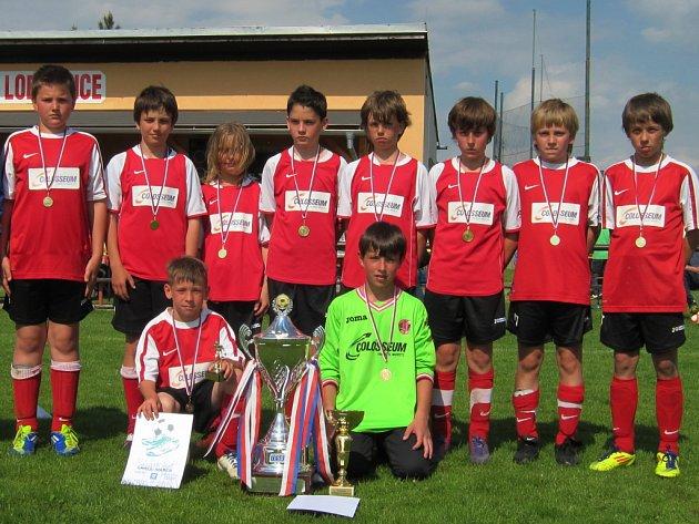 Mužstvo z Fotbalové akademie táborského Meteoru prožíváv tomto roce  úspěšné sportovní období, a to na turnajovém poli i v mistrovských soutěžích.