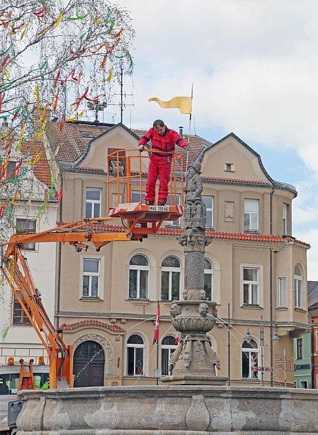 Zimního poklopu se jako první vTáboře zbavila kašna na Žižkově náměstí.