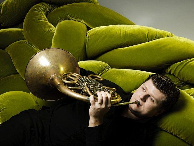 Radek Baborák patří mezi nejvýznamnější osobnosti mezinárodní hudební scény. Pravidelně sólově koncertuje s celou řadou světových orchestrů. Spolupracuje se špičkovými dirigenty a hudebníky.