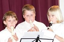 V chotovinské školce to všechno začalo. Před deseti lety vznikl první flétnový soubor Píšťalka.