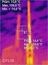 Požár komína v Plané zachycený termokamerou.