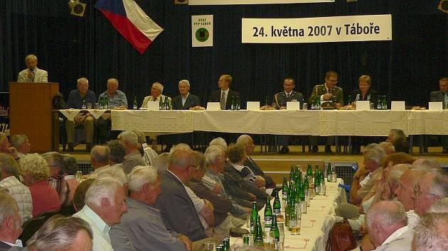 """""""Poddůstojníci neuměli ani číst, byli to analfabeti,"""" šokoval Václav Šulista z Č. Budějovic."""
