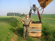 Přednáška s Karlem Daňhelem o létáních v balónovém koši nad Čechami  a středomořské jachetní plavbě.