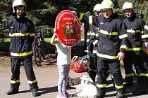 Sbor dobrovolných hasičů vRoudné slavil vsobotu 75. výročí svého vzniku.