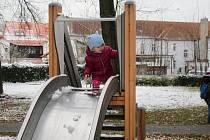 Skluzavka v parku u kina v Soběslavi.
