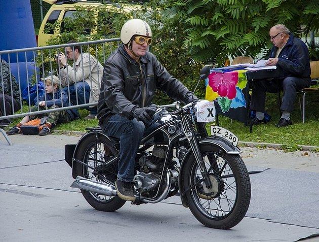 Tomáš Pitlík přestavuje tento typ motocyklů
