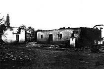 Vypálený Lejčkov. 9. května 1945 umírá u Lejčova a v Lejčově samotném 23 lidí. Lejčkov lehl popelem.