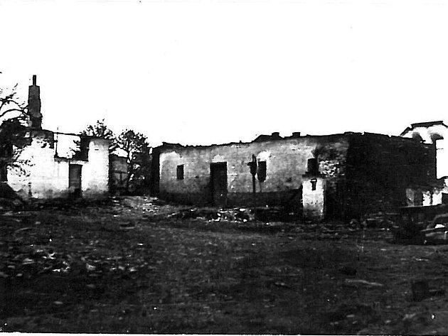 15 Březen 1939 Photo: 16. Březen 1939: Pro Táborsko černý Den. Hranice Okresu