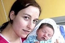 PETR VOSTOUPAL Z KOŠIC. Rodiček Lucie a Petr se 21. února se ve 20.31 hodin dočkali svého prvorozeného syna. Malý Petr po porodu vážil 3490 g a měřil rovných 50 cm.