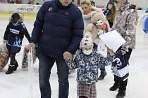 V loňském roce táborský hokej podpořil vážně nemocnou Teušku, letos se chystá prospět malému Martínkovi a jeho tetě.
