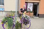 Infocentrum města Veselí nad Lužnicí vyhlásilo podruhé soutěž o nejhezčí veselé kolo. Veřejnost hlasovala do 10. září, díla účastníků hodnotila i odborná porota.