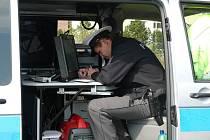 Kontrola dokladů totožnosti a dokladů opravňující řízení vozidla.