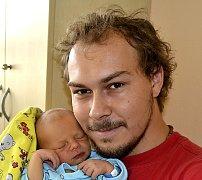 ROBIN VANĚČEK ZE SOBĚSLAVI. Narodil se  12. září v 17.50 hodin jako první dítě  rodičů Moniky a Robina. Vážil 3160 g a  měřil 49 cm.