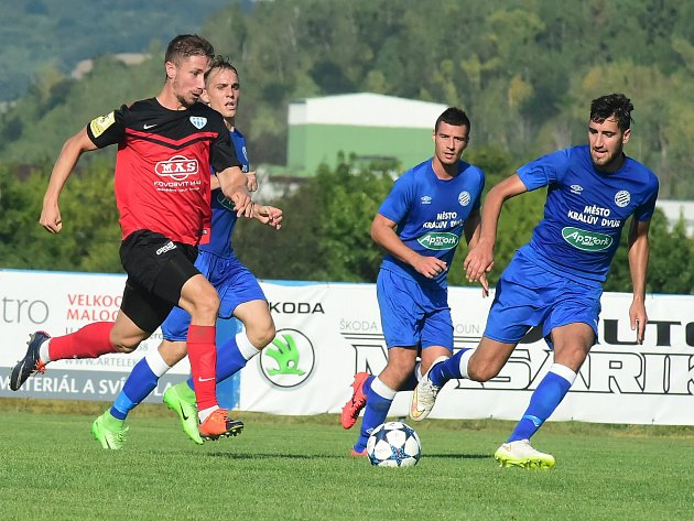 Z utkání FK Králův Dvůr - FC MAS Táborsko.