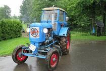 Traktoriáda v Sedlečku u Soběslavi se konala v sobotu 20. června navzdory počasí.